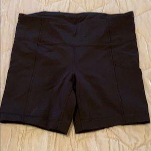 New! Lululemon size 8 spandex shorts